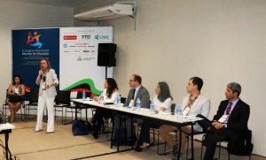 Marlene Marchiori motivou o diálogo entre os participantes. Foto: Juliana Simões