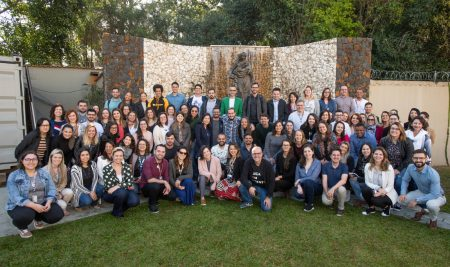 Encontro Nacional Marista de Comunicação e Marketing reúne mais de 100 colaboradores para dialogar sobre identidade e reputação do Brasil Marista